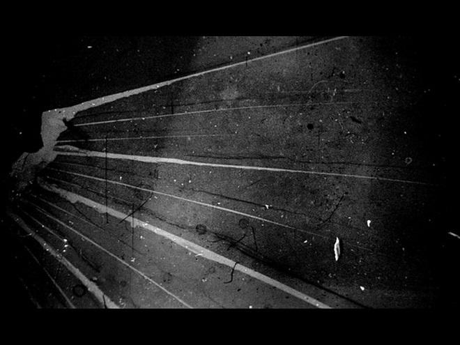Izložba u KCB: Mika Tanika - Između ploča (foto: © Testifilmi)