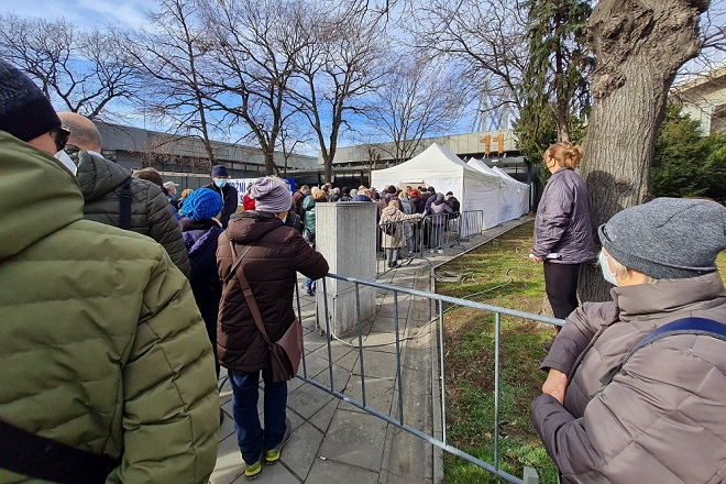 Vakcinacija na Beogradskom sajmu: efikasna kineska vakcina Sinopharm (foto: Nemanja Nikolić)