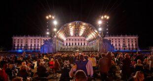 Koncert Letnje noći (foto: © sommernachtskonzert.at / Max Parovsky)