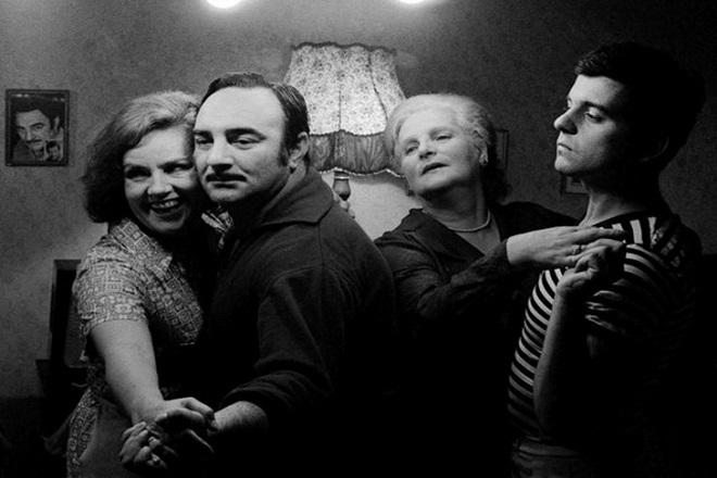 Grlom u jagode (foto: Programski arhiv TV Beograd)