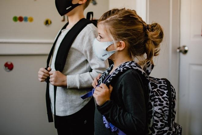Sednica Kriznog štaba: Mere bezbednosti / nova školska godina (fofo: Kelly Sikkema / Unsplash)