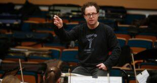 Dirigent Džon Ekslrod (foto: Marko Đoković / Beogradska filharmonija)