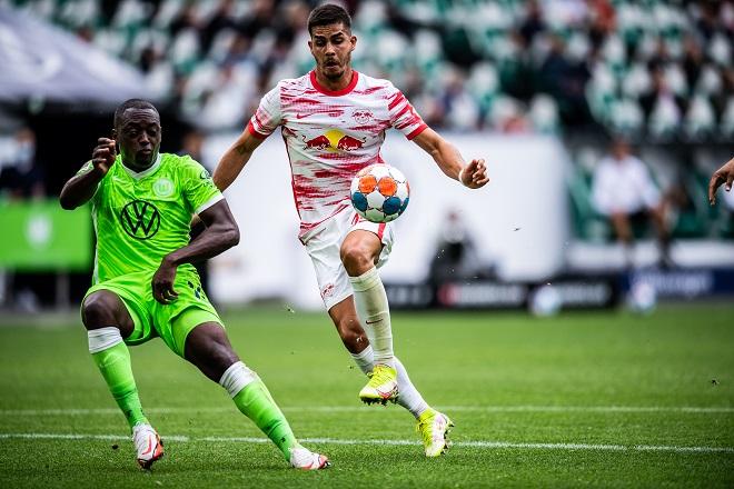 Bundesliga: Žerom Rusiljon i Andre Silva (foto: Oliver Hardt / Bundesliga International / via © Getty Images)