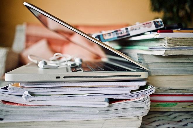 Osnovne i srednje škole u Srbiji - online nastava (foto: Pixabay)